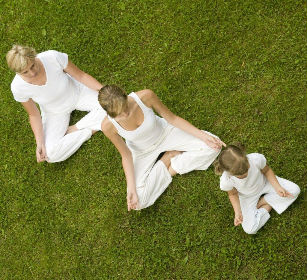 shst-family (2)